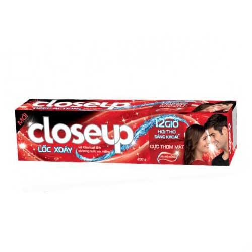 Kem đánh răng Closeup Lốc Xoáy Gel Đỏ 180g